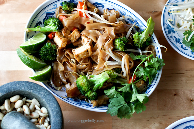 chicken and vegetable pad thai recipe