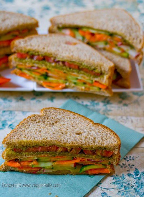 double-layer-summer-vegetable-sandwich-with-hummus-and-pesto