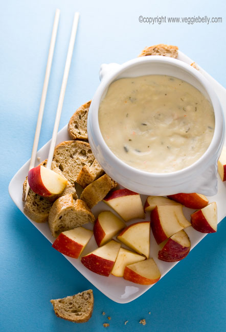 easy mozzarella and alouette cheese fondue