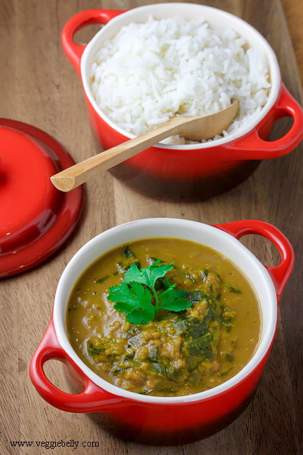 Creamy Spinach Dal (Lentil Spinach Curry) | Veggie Belly | Vegetarian ...